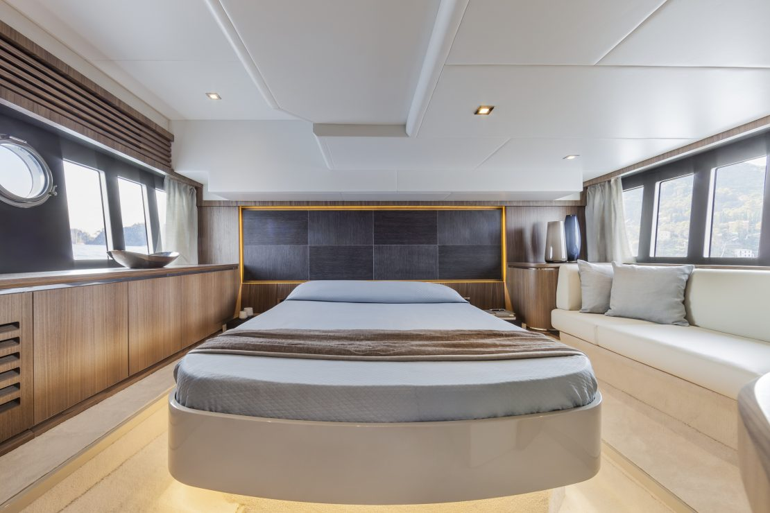 45 FLY - Interiors
