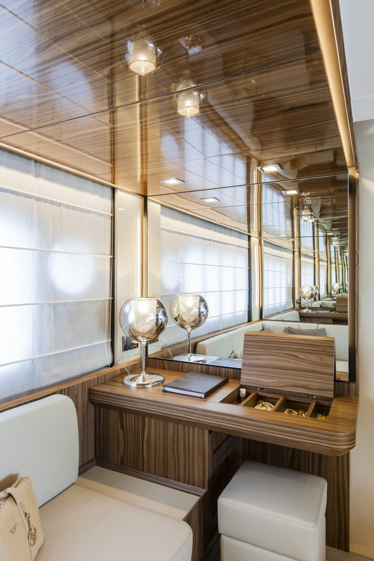60 FLY - Interiors